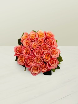 Miss Piggy Roses Head On