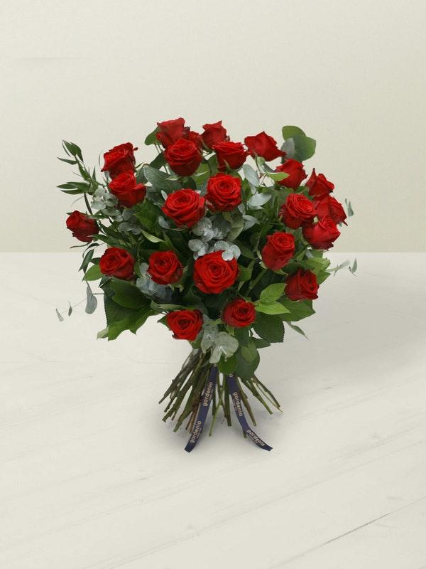 Two Dozen Red Roses Side