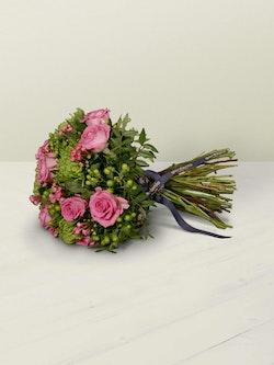 Woodside Bouquet   Lying Down